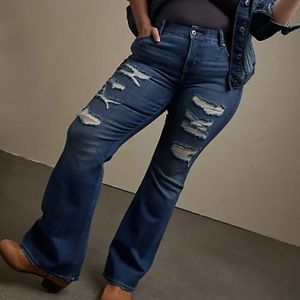 Torrid Bombshell flare distressed jeans size 18T